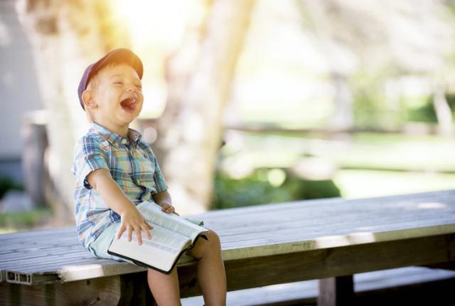 jak zostać opiekunką dla dziecka