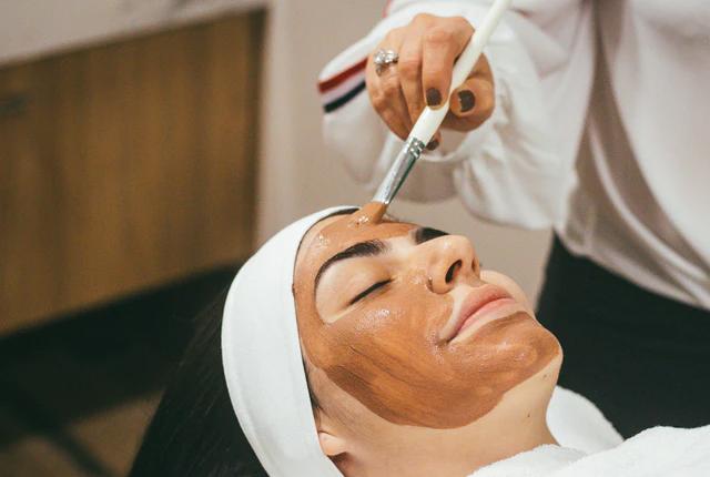 Praca kosmetyczki