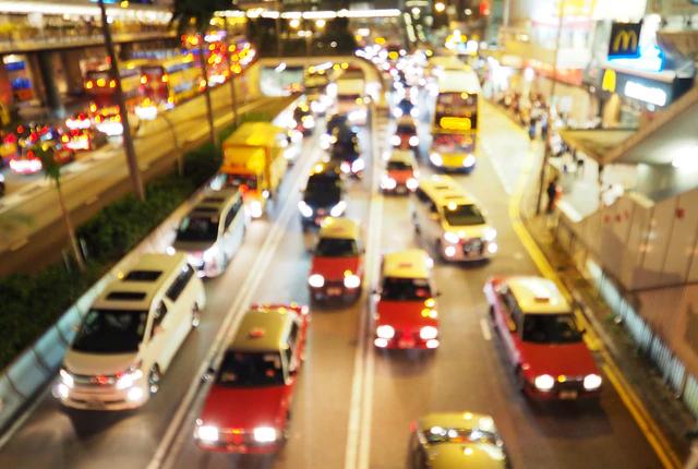 Ile zarabia inspektor ruchu drogowego