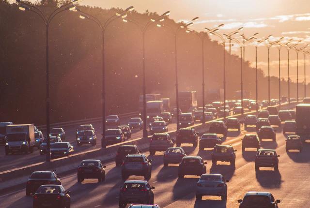 Jak zostać inspektorem ruchu drogowego