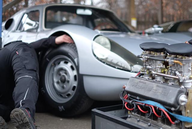 Praca mechanika samochodowego