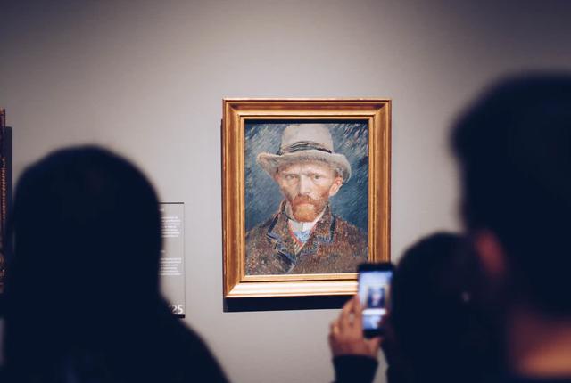 Ile zarabia muzealnik