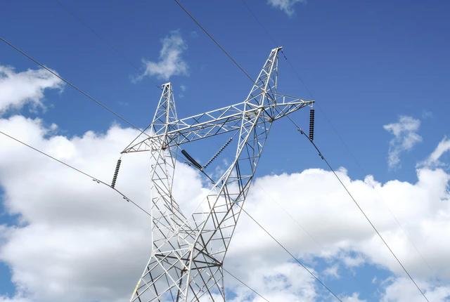Jak zostać elektrykiem