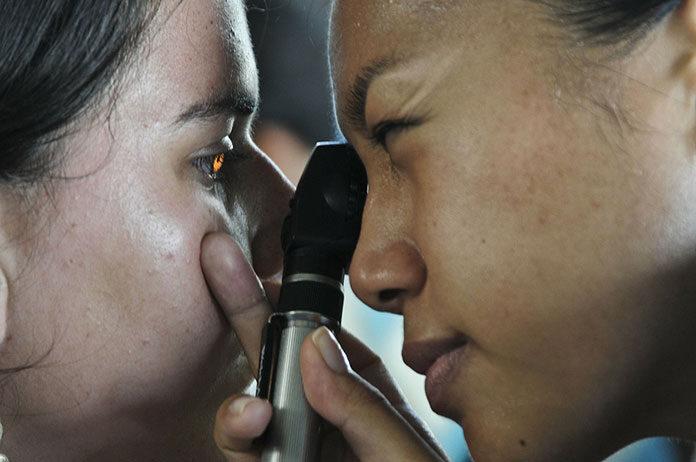 Dezynfekcja i sterylizacja w salonie okulistycznym